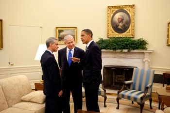 President Barack Obama makes a point to Israeli Prime Minister Benjamin Netanyahu, center, and White House Chief of Staff Rahm Emanuel in the Oval Office on May 18, 2009. (Official White House Photo by Pete Souza)