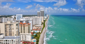 Aventura, Fla., a suburb of Miami, has become the destination of choice for Jews from Venezuela who leave their country of birth in search of greener pastures.  (Shutterstock)