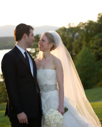 Marc Mezvinsky and Chelsea Clinton following their wedding ceremony, July 31, 2010.  (Barbara Kinney)
