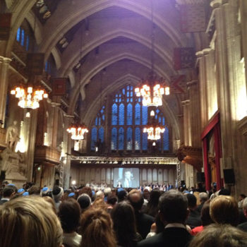 Hundreds commemorating the 40th anniversary of the terrorist attack at the 1972 Munich Olympic Games during a memorial ceremony at Guildhall in London, Aug. 6, 2012. (Israeli Embassy in the UK)