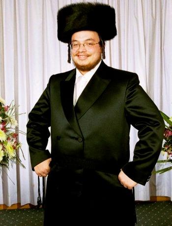 Ari Mandel at his wedding in Monsey, N.Y., August 2001. (Courtesy Ari Mandel)