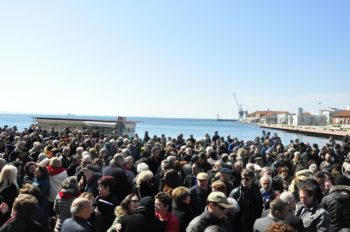 More than 2,500 people, many of them non-Jews, participated in the march to mark 70 years since the deportation of the Jews of Thessaloniki, March 2013.  (Michael Thaidigsmann/ WJC)