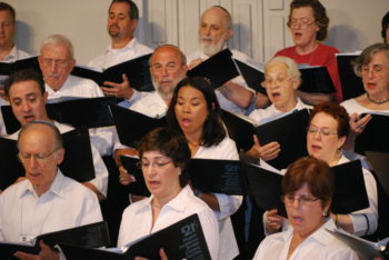 A choir sings at the North American Jewish Choral Festival, which brings hundreds of Jewish singers together for five days each summer. (Larry Sandberg)