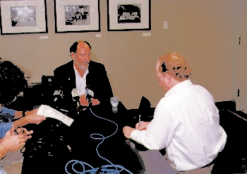 David Twersky, right, interviews then-U.S. Senator Jon Corzine sometime in the early 2000s. (Courtesy of the New Jersey Jewish News)